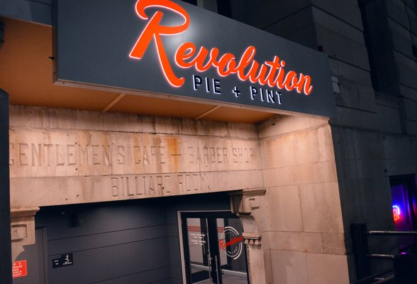 Revolution Pie and Pint