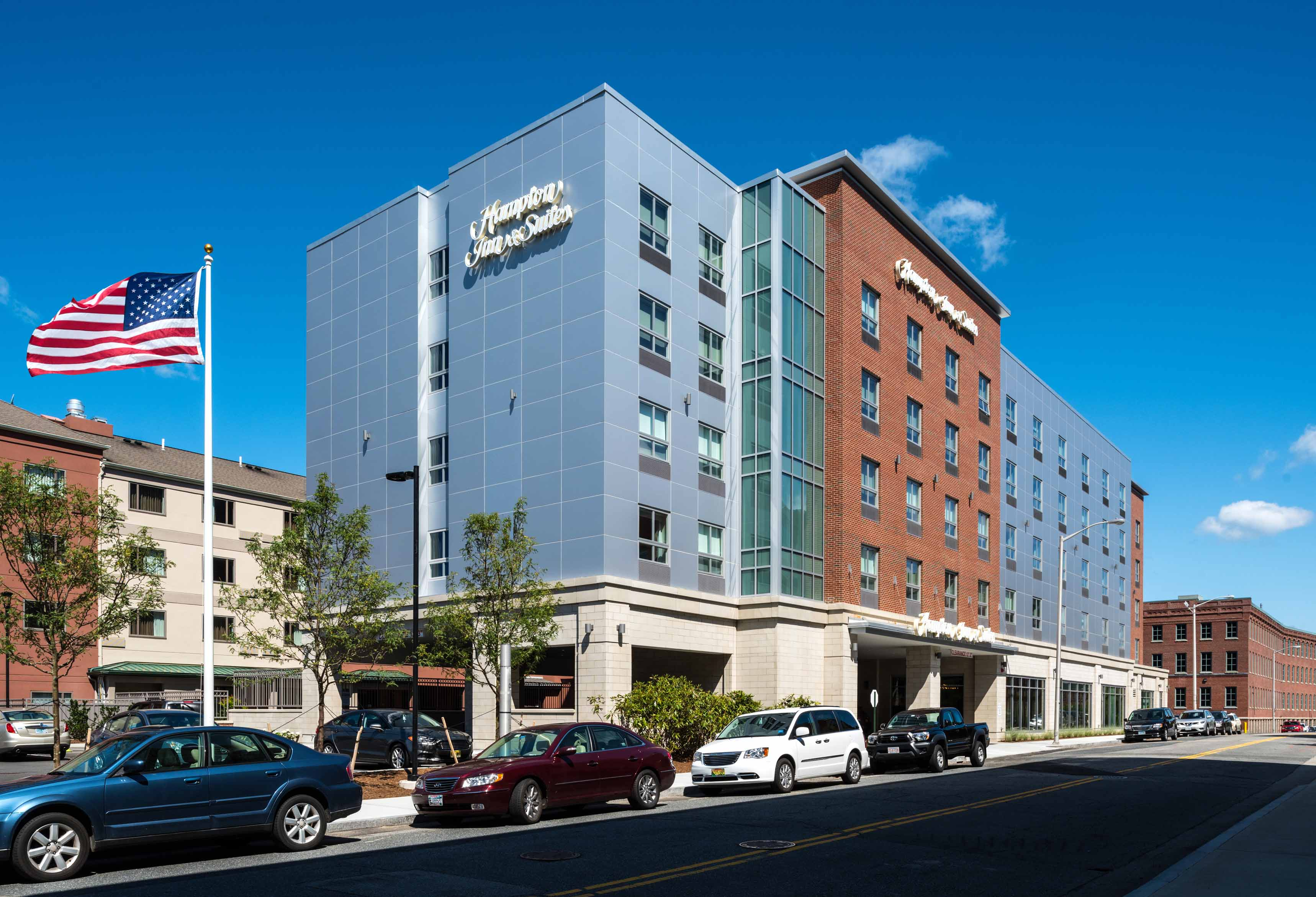Hampton Inn & Suites - Worcester